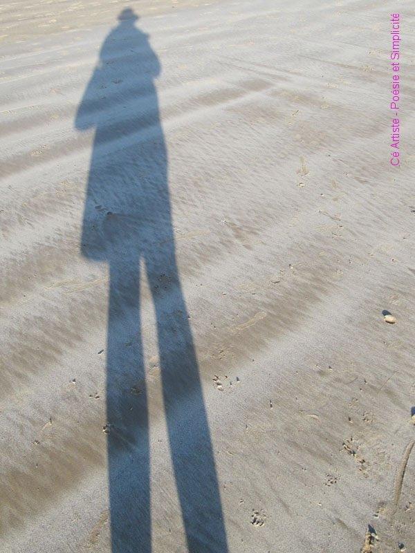 allongée, sur la plage